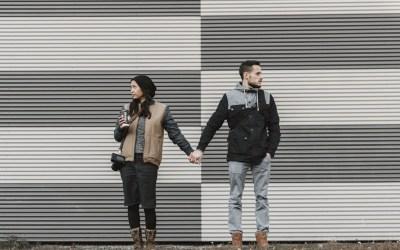 """La incongruencia de tener pareja en la era del """"yo, mi, me, conmigo"""""""