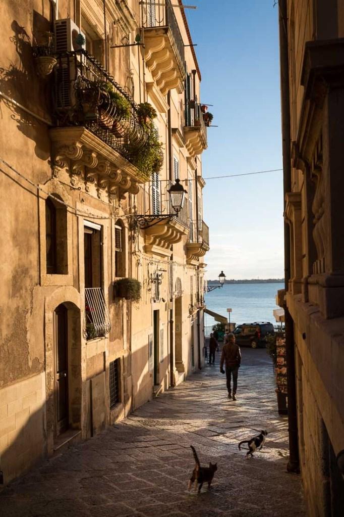 Steegje in Siracuse, gefotografeerd tijdens de Fotoreis op Sicilië