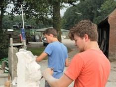 houwen in kalksteen