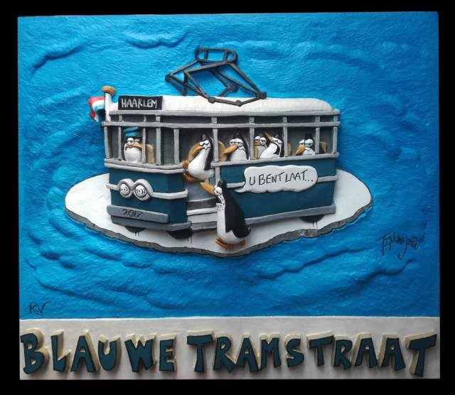 Gevelsteen Blue Tramstraat polychromed