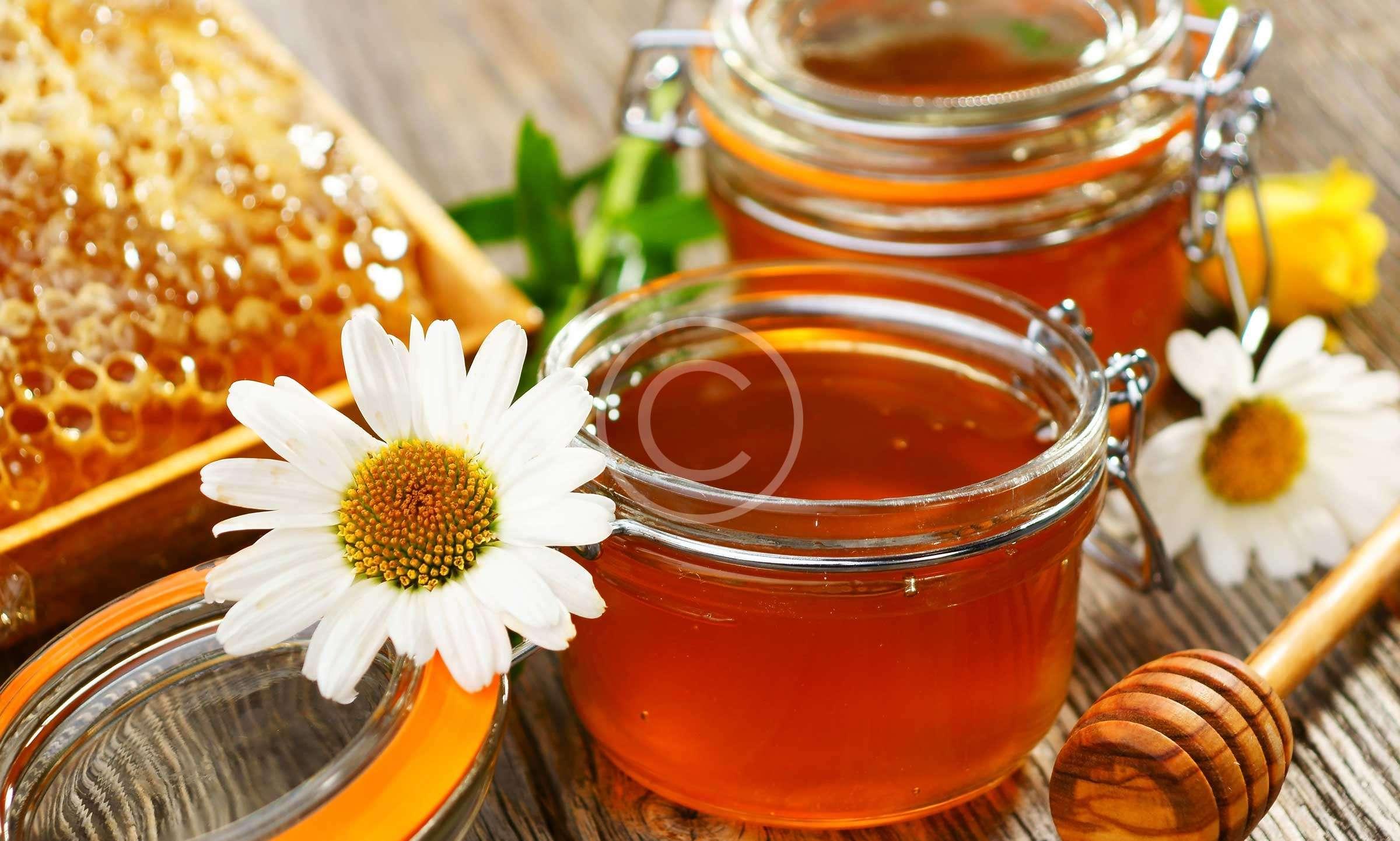 Θεραπεία βήχα με φυσικό μέλι
