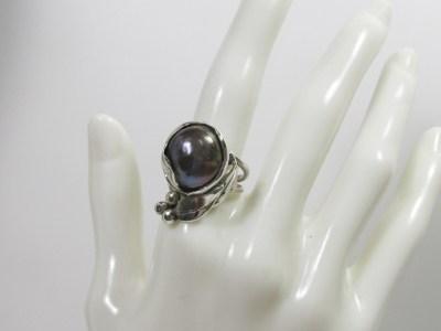 黒真珠のリング