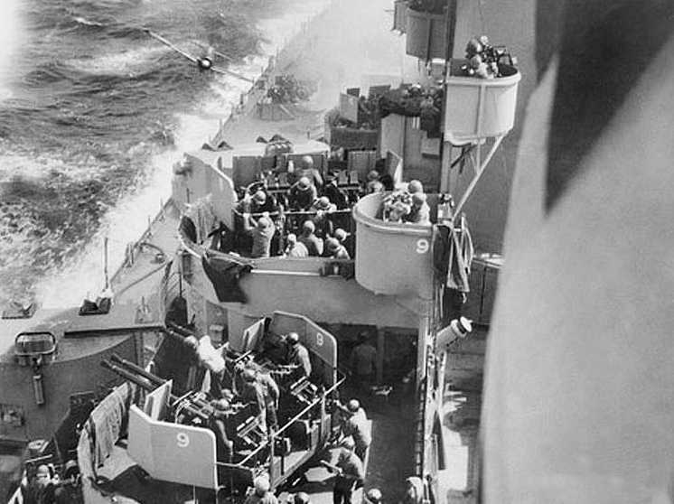 Kamikaze plane attacks USS Missouri