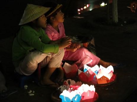 30 - Hoi An - full moon festival
