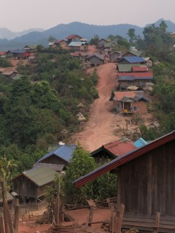 38-Luang Namtha-trekking in the jungle, village
