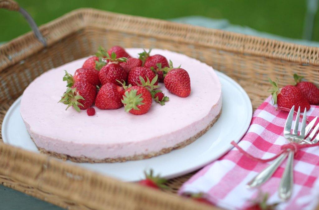 No-Bake Erdbeerkäsekuchen