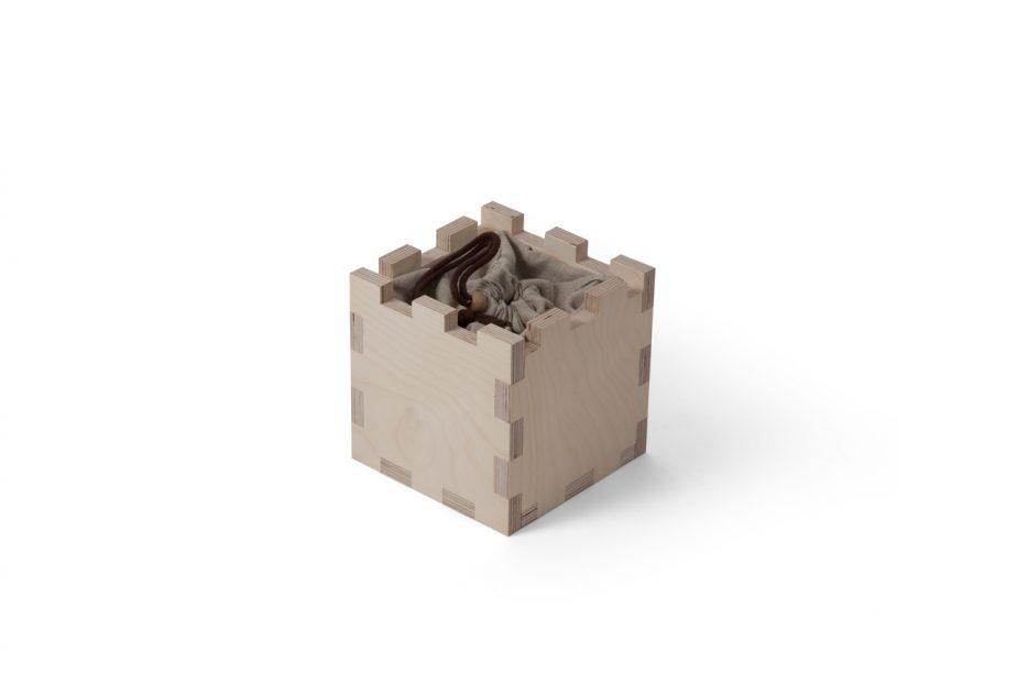 urn hout natuurlijk print persoonlijk uitvaart asbestemming print Beerenberg kubus stap 2