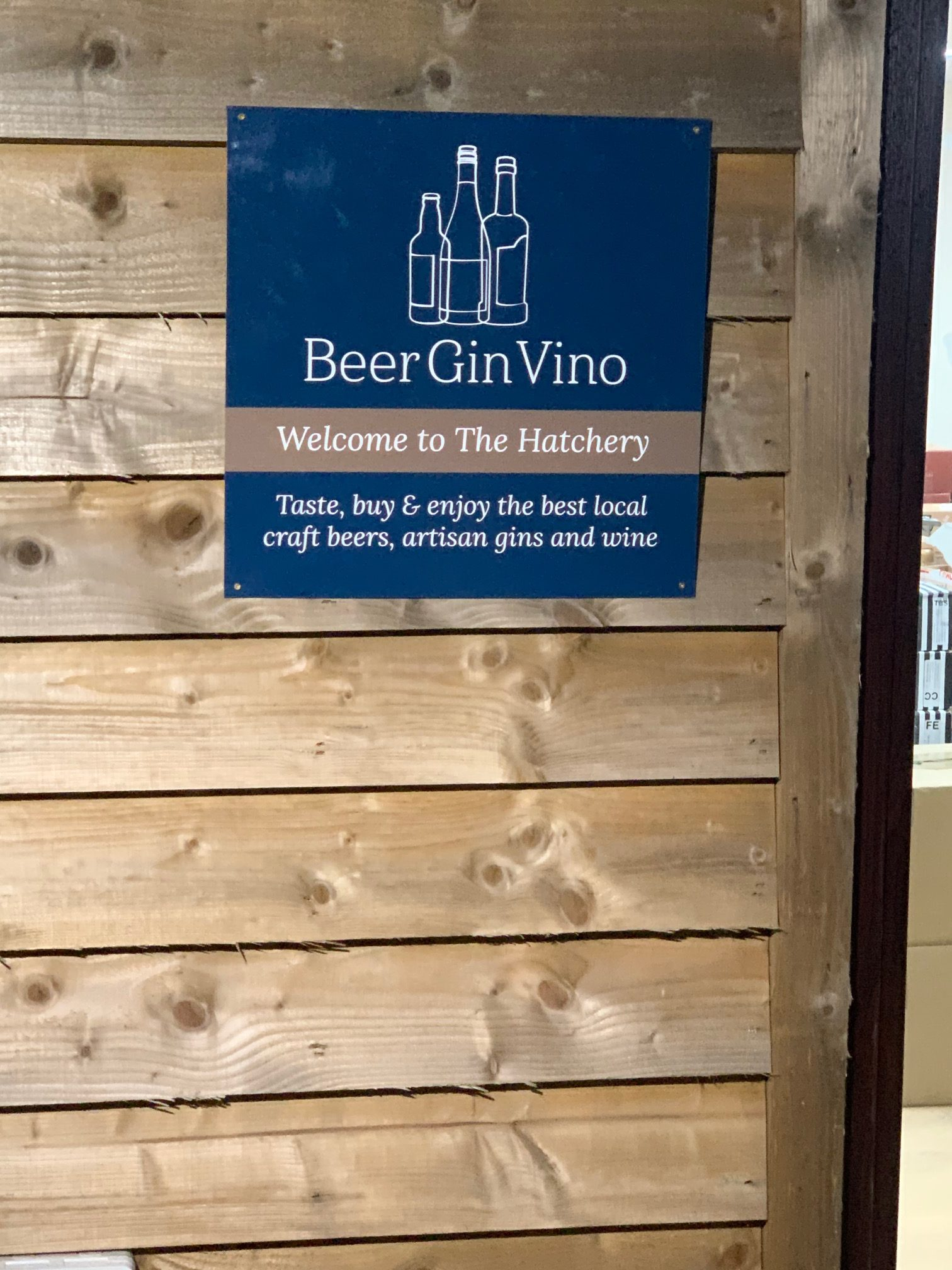 BeerGinVino new signs at the Hatchery, Haddenham