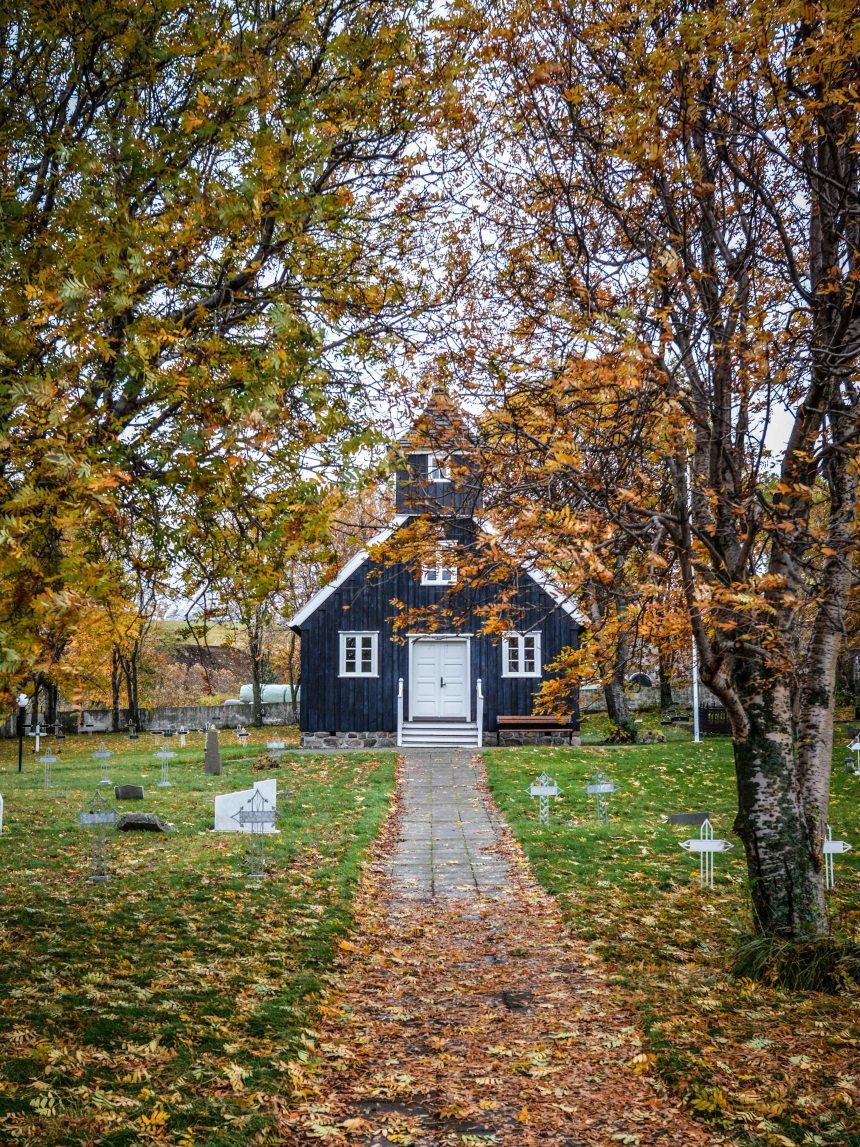 Munkaþverár Kirkja Iceland Kirchen Island Holzkirche Akureyri