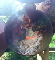Smoker burning barrel staves