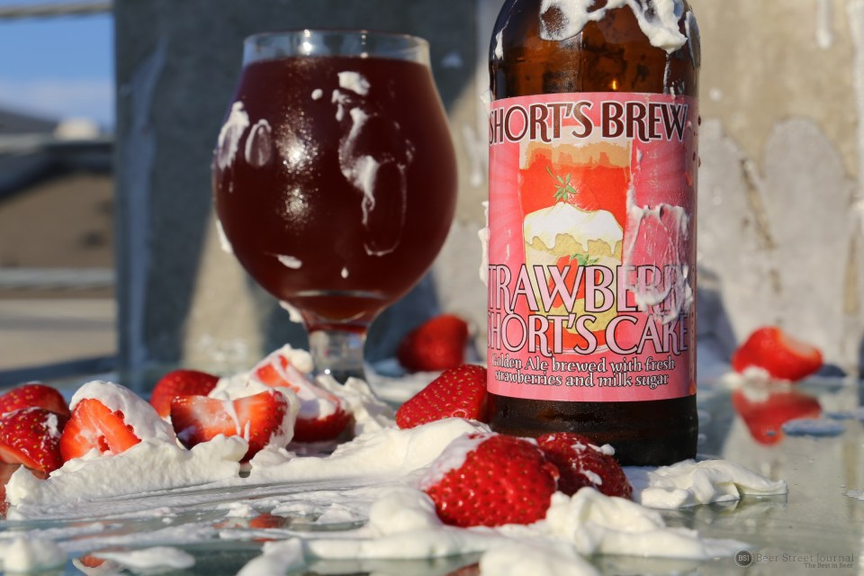 Short's Strawberry Short's Cake bottle