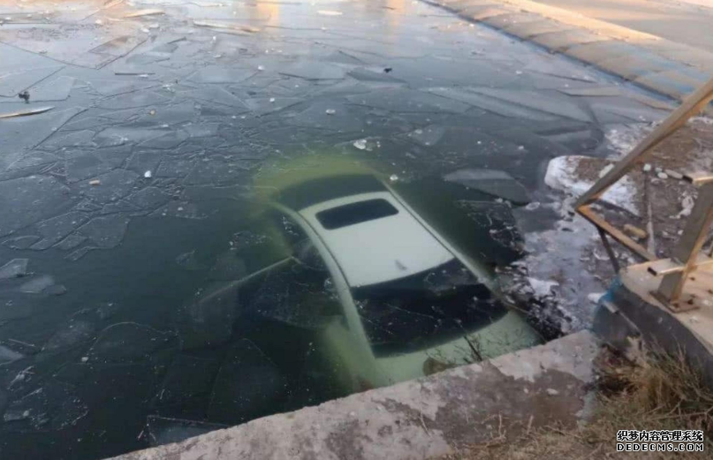 汽車掉入水里的自救方法!你只有短短幾分鐘的自救時間!一定要學起來!