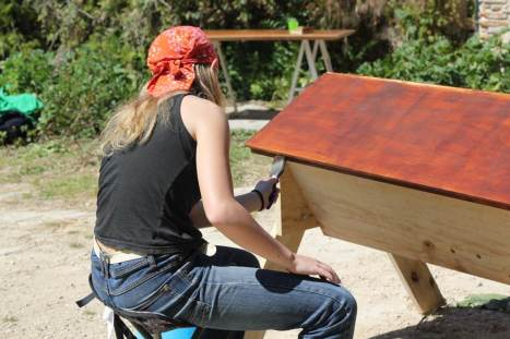 Making a top bar hive. Hive making workshop Spring 2016