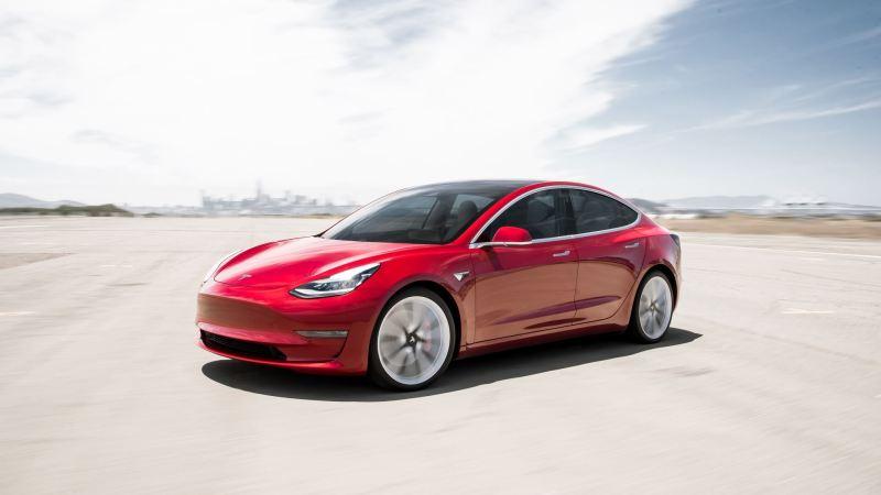 Tesla Model 3 Standard Range + 2019