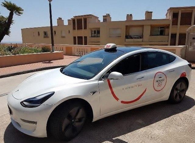 d. Les taxis électriques à Monaco 🇲🇨