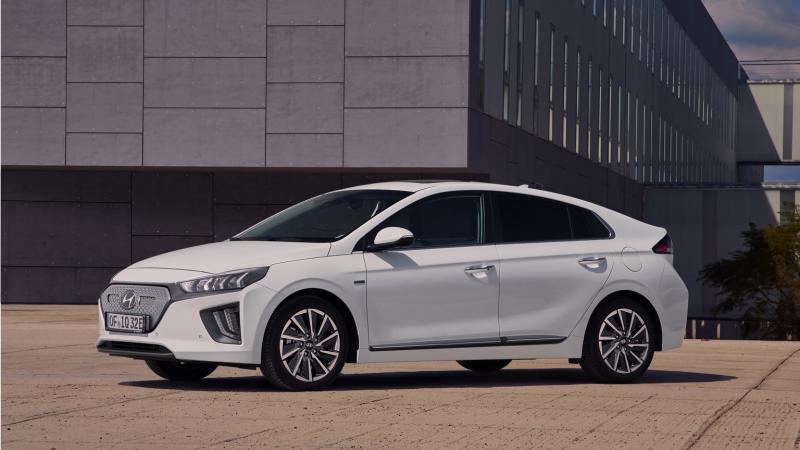 Hyundai_IONIQ_Electric_2020_voiture_electrique_familiale