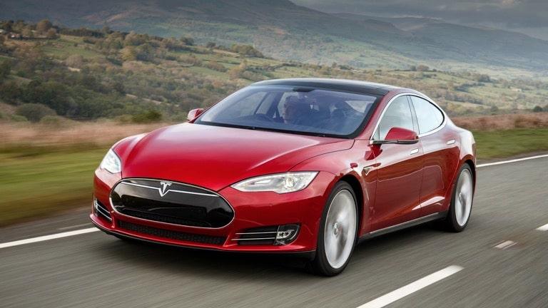Top-10-des-meilleures-voitures-électriques-d'occasion-Tesla-Model-S