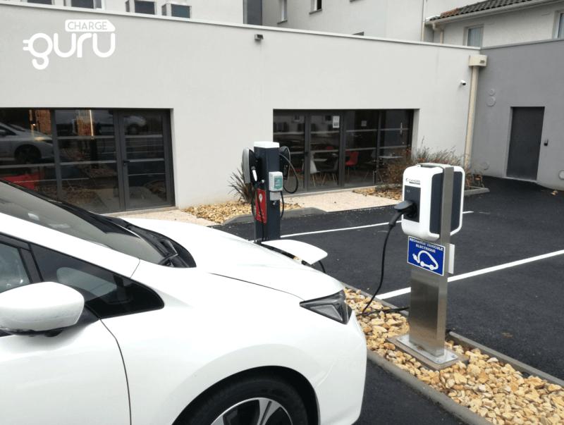 installation borne de recharge vehicule electrique entreprise