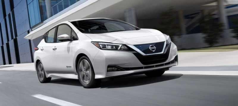 Berlines électriques -Nissan-Leaf-EV-