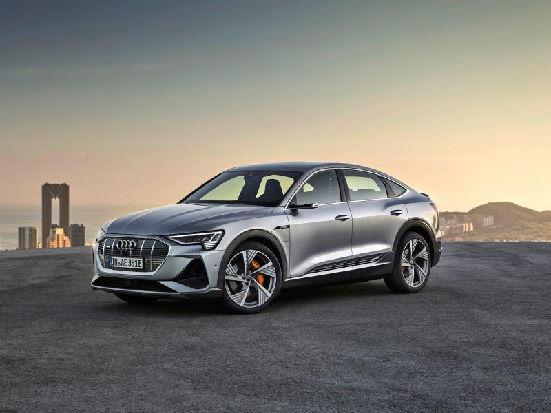Audi e tron - voiture électrique autoroute