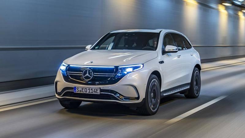 Mercedes benz EQC - voiture électrique autoroute