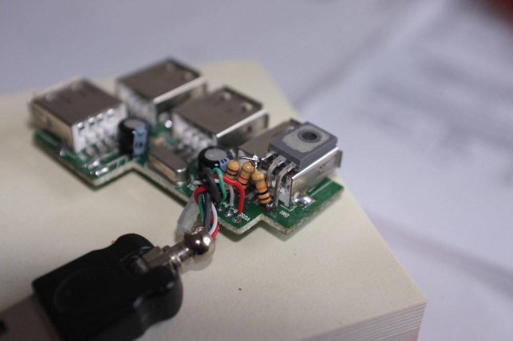 medium resolution of transistor on usb port