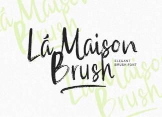 La Maison Brush Font