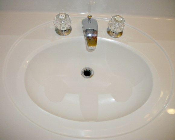 sink without drain cover