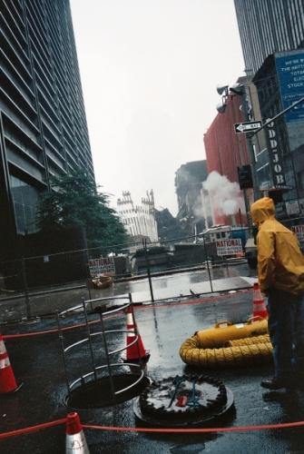 012 15 335x500 - Salen a la luz unas exclusivas fotografias del 11 de Septiembre