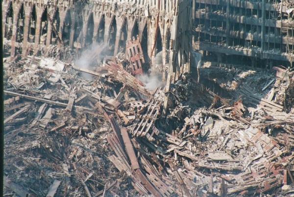 041 19 600x402 - Salen a la luz unas exclusivas fotografias del 11 de Septiembre