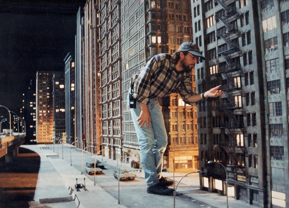 VFX Supervisor Volker Engel in NY miniature