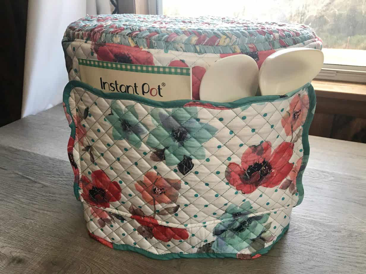 Free pattern: Instant Pot cover from placemats