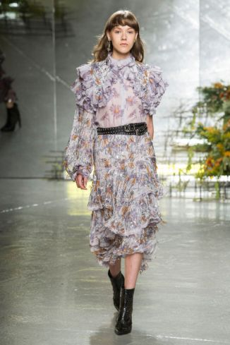 http://www.harpersbazaar.com/fashion/fashion-week/g7794/new-york-fashion-week-spring-2017/?slide=44