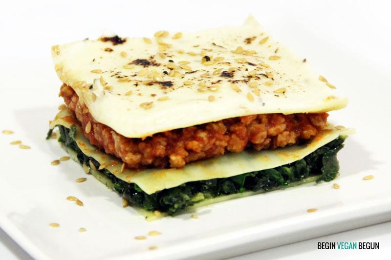 Lasaña vegana de espinacas y soja