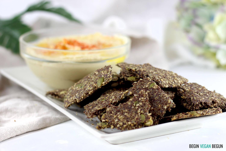 Crackers de semillas de lino y pipas de calabaza