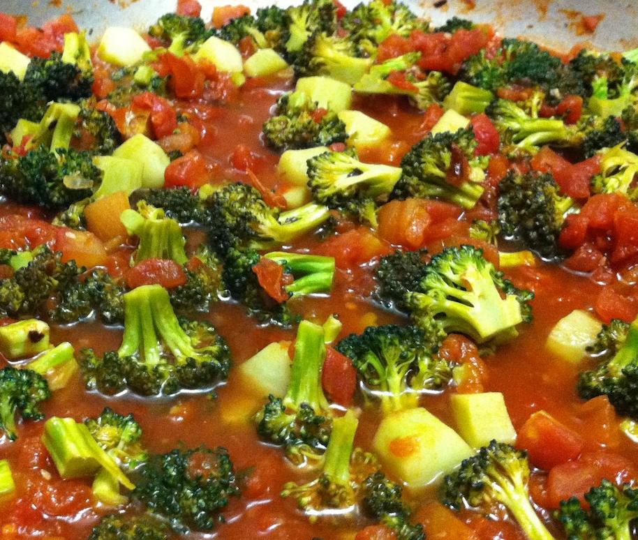 spicy-broccoli-and-tomato