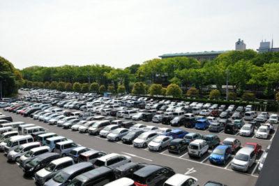 東京競馬場の駐車場