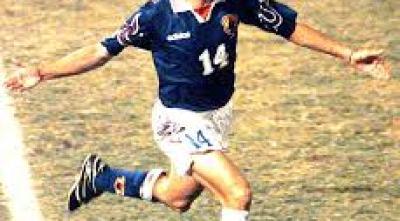 初のワールドカップ行きの劇的なゴールを決めた選手が岡野選手