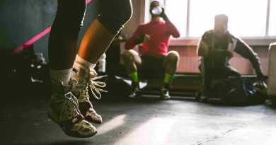Saltare la corda: benefici, tecnica e scelta della corda