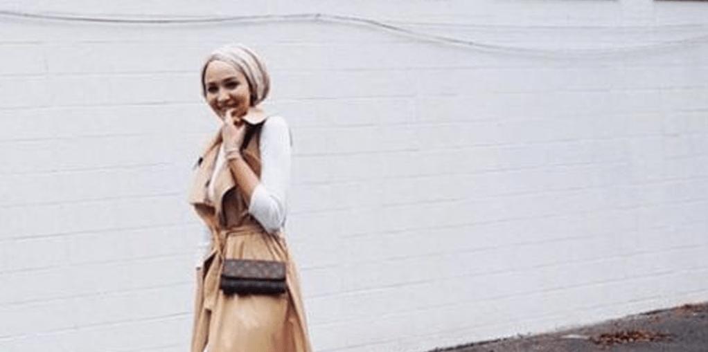 Penuh Percaya Diri Kenakan Hijab Syar I Dan Rompi Coba Deh Blog Behijab Koleksi Hijab Fashion Terbaru Cuman Di Behijab Com