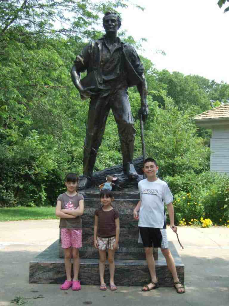 A very large statue of Abraham Lincoln stands in New Salem, where Lincoln lived and worked as a young adult. There is now a living history site open to the public.