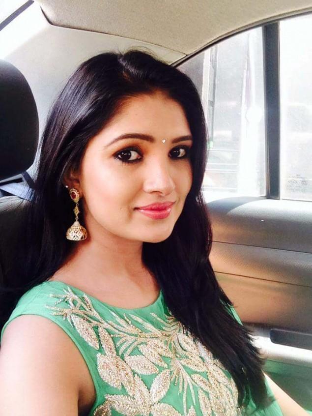 Vani Bhojan (Actress) Biography, Wiki, marriage, Salary, age