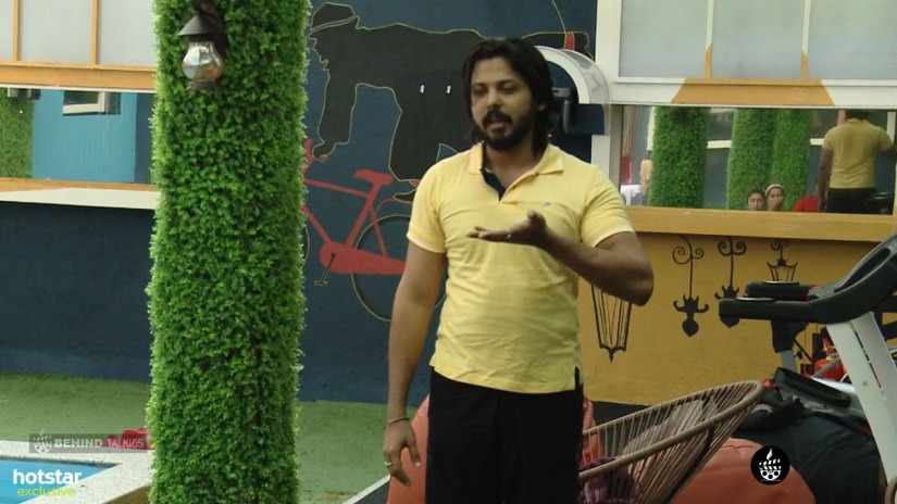 David John Yoga Trainer Bigg Boss House