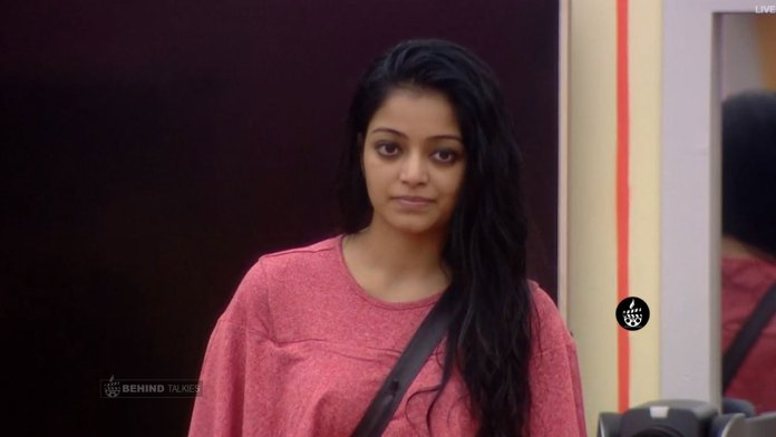 Janani Iyer in Bigg Boss House
