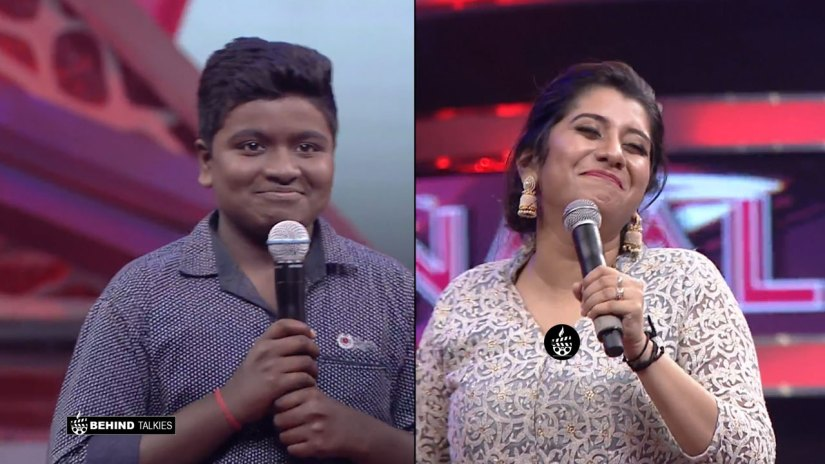 Gunal and Priyanka in Super Singer Set