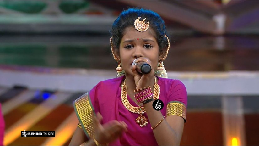 Super Singer Vidhya Roopini in Getup Round