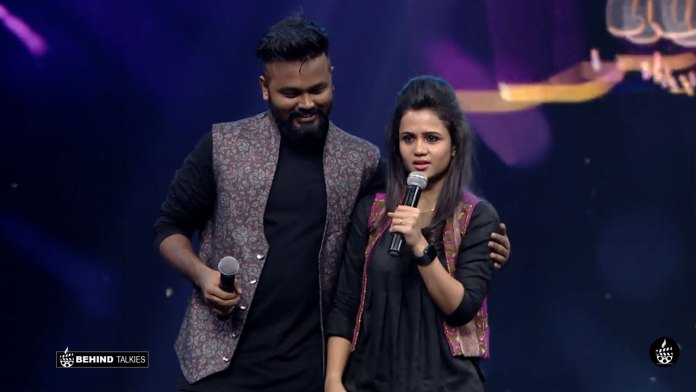 ManiMegalai and Hussain in Mr & Mrs Chinnathirai