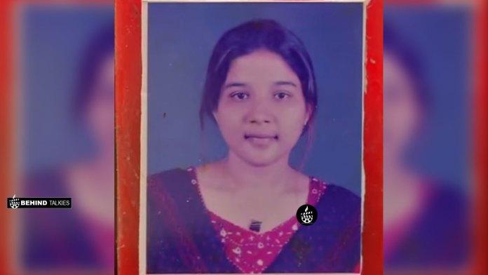 Sakshi Agarwal during College