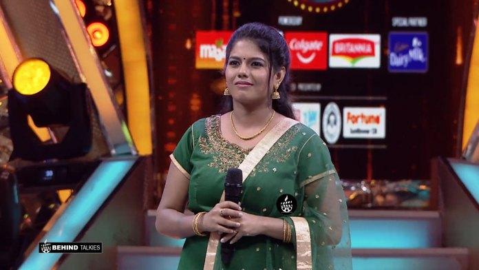 Singer Roshini