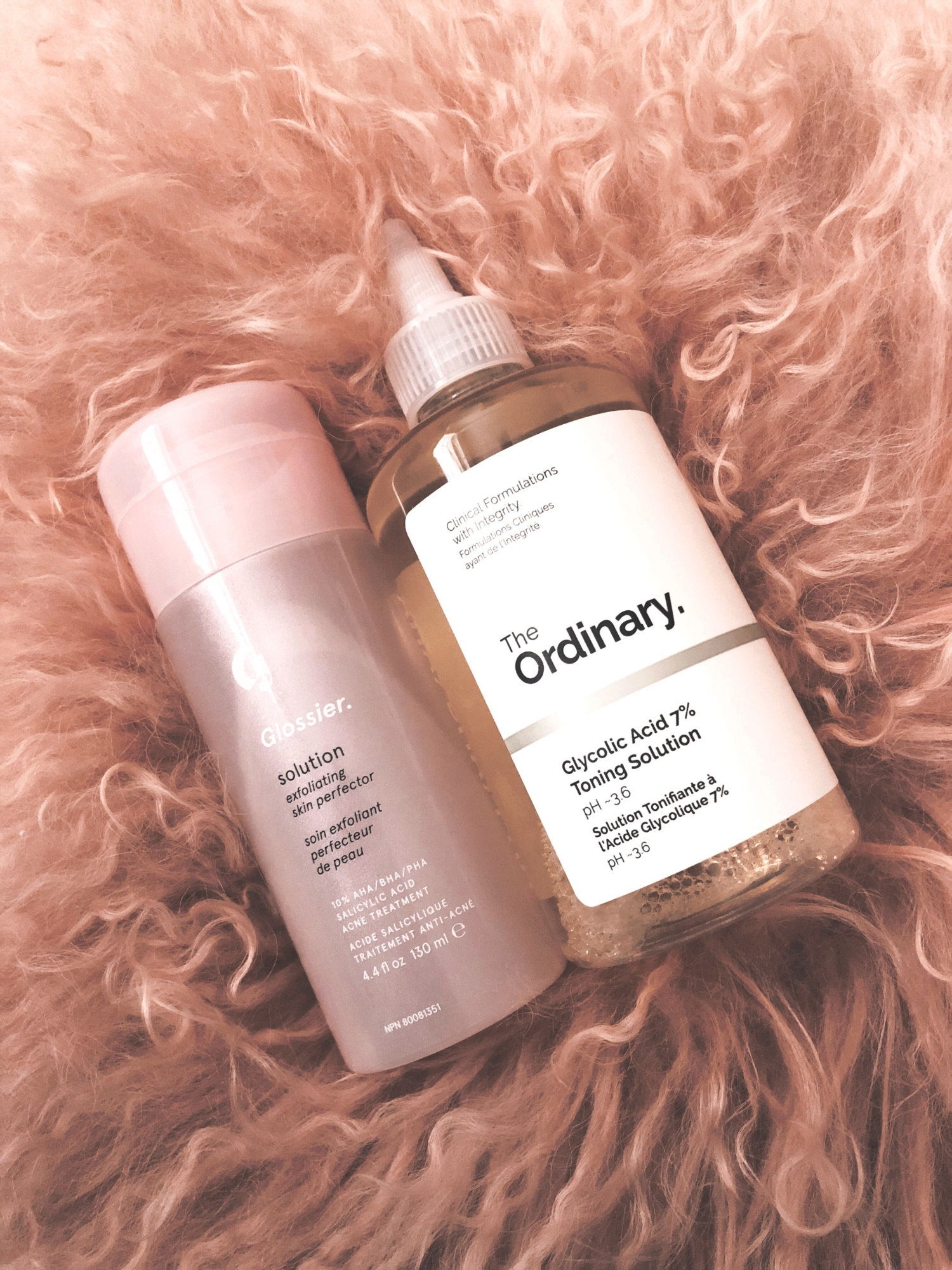 589dc0197fd2 Glossier Solution Review - Behind the Blush